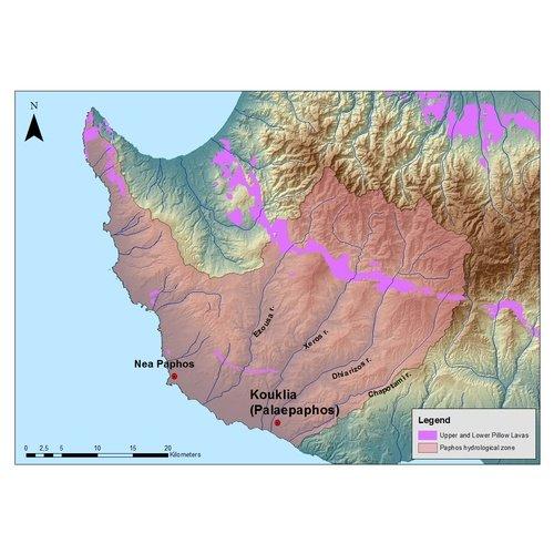 Χάρτης της δυτικής Κύπρου, όπου σημειώνεται η θέση των Κουκλιών (Παλαίπαφος) και της Νέας Πάφου. Τα ηλεκτρονικά δεδομένα παραχωρήθηκαν από το Τμήμα Γεωλογικής Επισκόπησης της Κυπριακής Δημοκρατίας.
