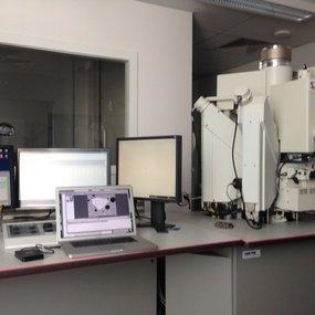 EPMA instrument (image: courtesy of Olivier Bonnerot)